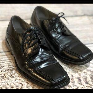 Stacy Adams Boys Dress Shoes Size 4.5